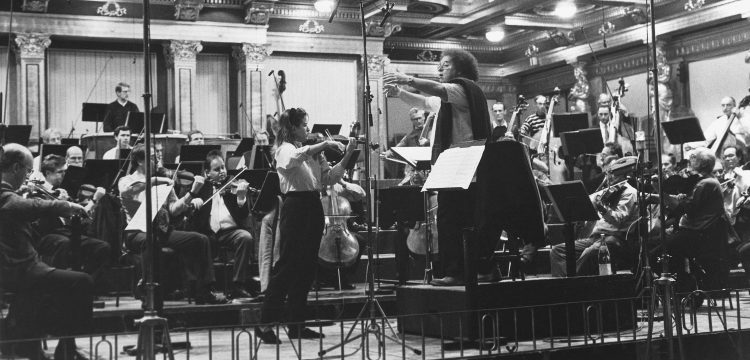 At the Carmen-Fantasie recording sessions, with James Levine and the Wiener Philharmoniker, in the Musikverein, Vienna, November 1982